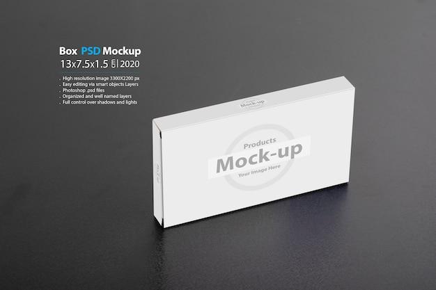 Rechteckige medizinische box auf einem dunklen hintergrund