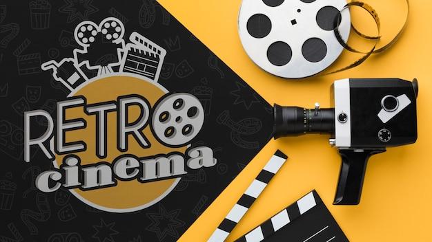 Retro-kino mit vintage-kamera und film
