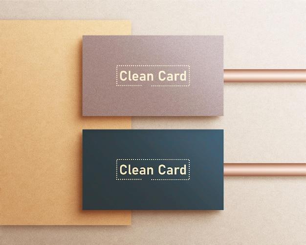 Sauberes minimales visitenkartenmodell und goldfolie