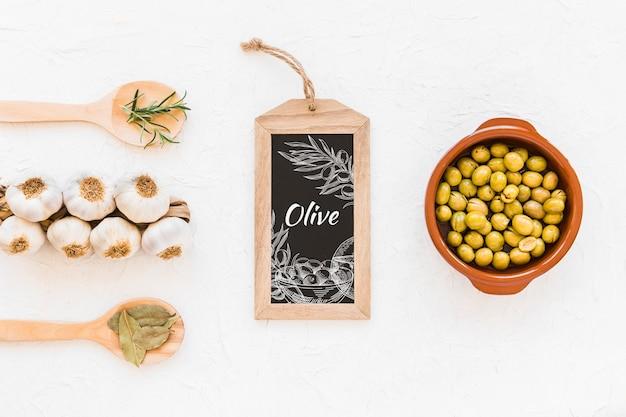 Schiefermodell mit olivenöl-konzept