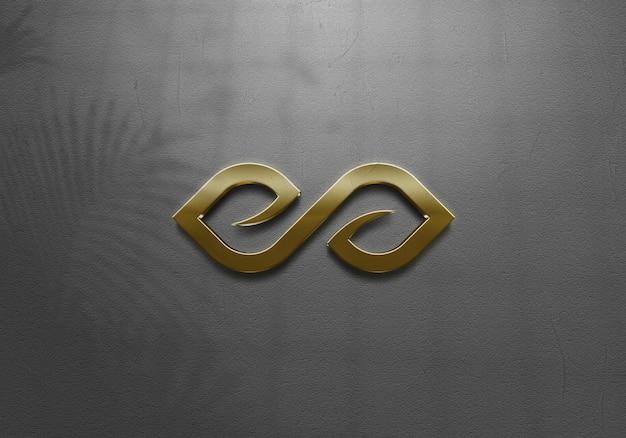Schließen sie oben auf goldenem logo modell für geschäft