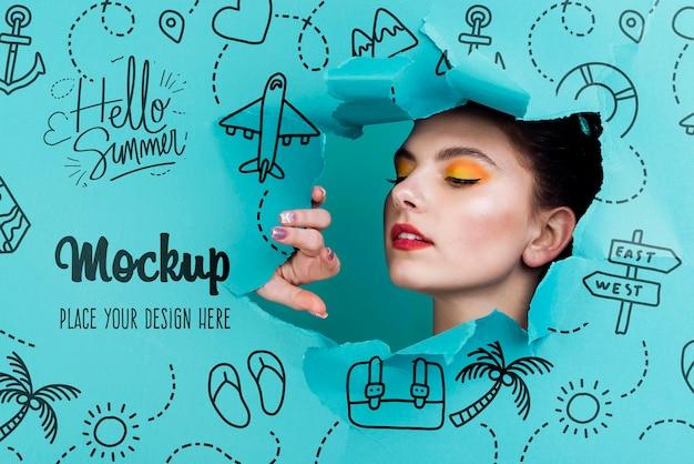 Schöne frau mit sommer-make-up-modell