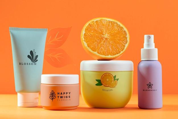 Schönheitsprodukte mit halber orange