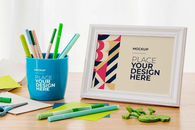 Schreibtisch stationäres mockup-design