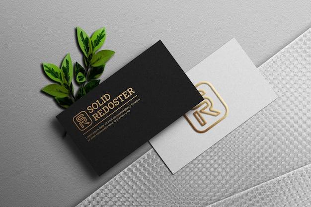 Schwarz-weißes briefpapiermodell