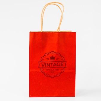 Schwarzes freitag-modell mit einkaufstasche