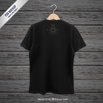 Schwarzes t-shirt zurück mockup