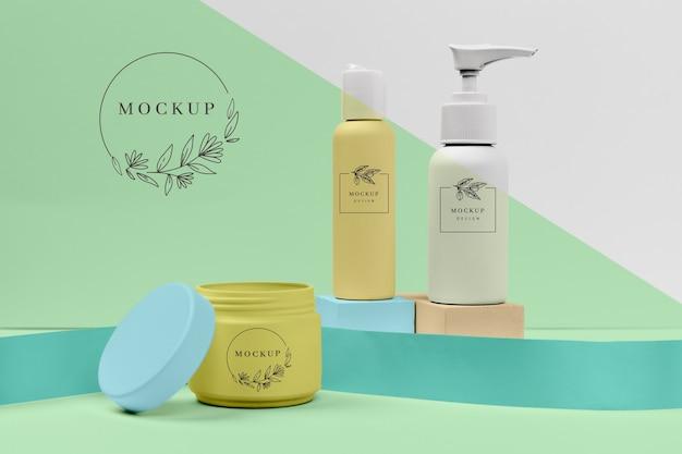 Set von hautpflege-kosmetikprodukten