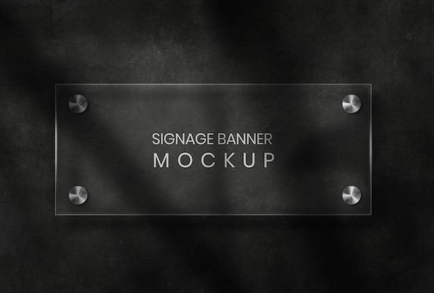 Signage-banner-modell mit glashintergrund