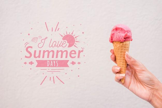 Sommerbeschriftungshintergrund mit eiscreme