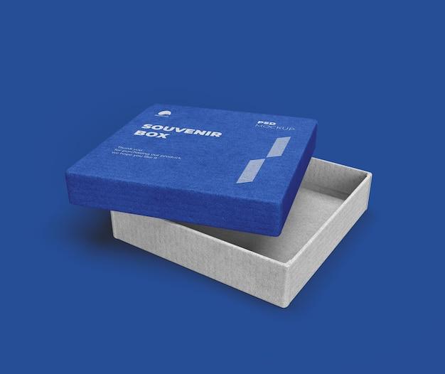 Souvenirbox mit geöffnetem deckelmodell