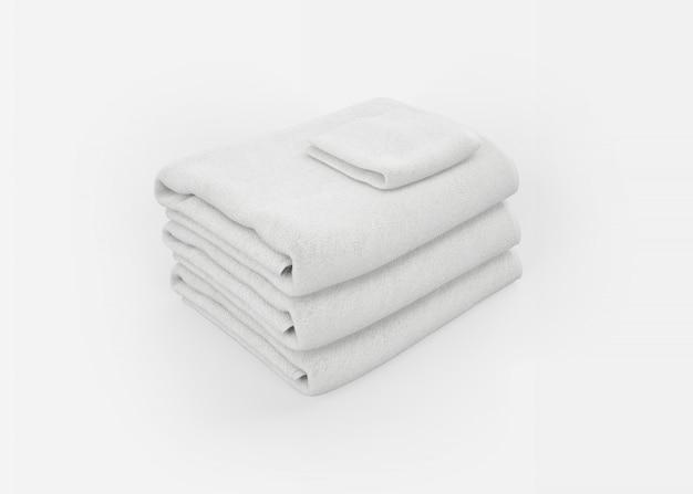 Stapel handtücher auf weiß