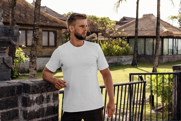T-shirt modell