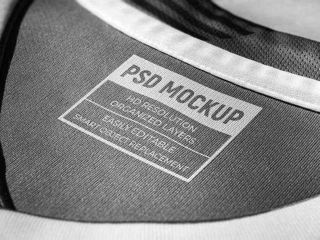 T-shirt neck label mockup siebdruck logo mockup auf stoff