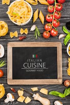 Tafel und italienisches essen arrangement