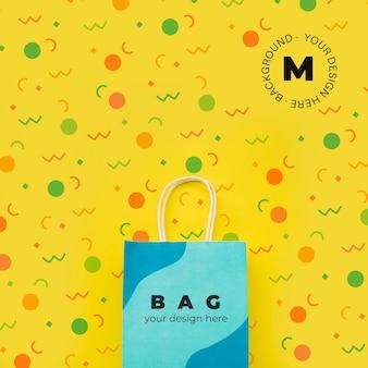 Tasche mit verkaufskampagnenkonzept