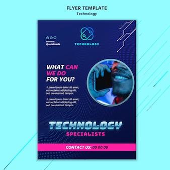 Technologie-flyer-vorlage mit foto