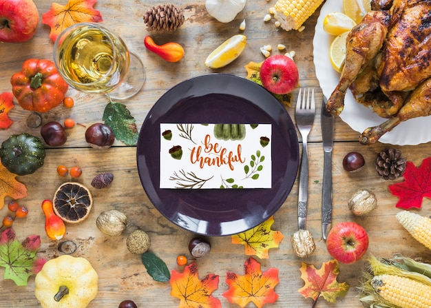 Thanksgiving-modell mit cover oder papier