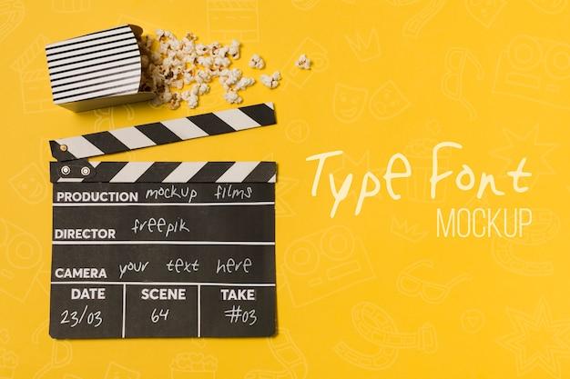 Top view kino arrangement mit modell und kopierraum