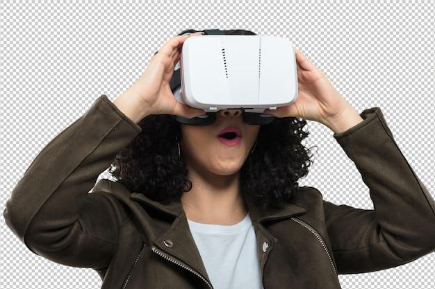 Tragende gläser der virtuellen realität der jungen frau