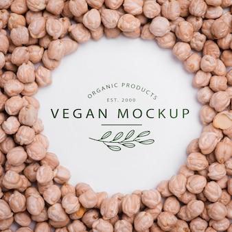 Veganes menü der draufsicht mit kichererbsenkonzept