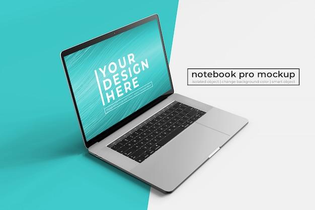 Veränderbarer realistischer einfacher mobiler 15-zoll-laptop pro für web-, ui- und apps-modelle in der vorderen linken seitenansicht