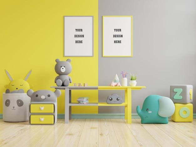 Verspotten sie plakatrahmen im kinderzimmer auf gelber leuchtender und ultimativer grauer wand