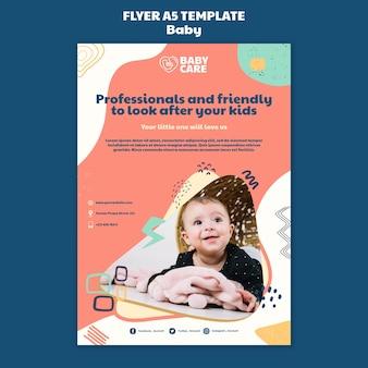 Vertikale flyer-vorlage für babypflegeprofis
