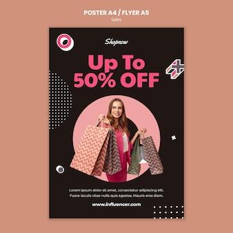 Vertikale plakatschablone für verkäufe mit frau im rosa anzug