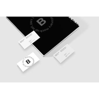 Visitenkarte verspotten mit notizbuch