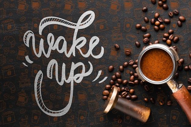 Wachen sie hintergrund mit kaffee auf