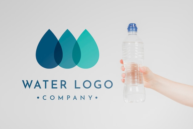 Wasserlogomodell auf copyspace