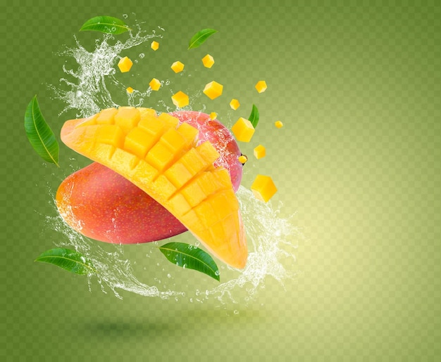 Wasserspritzer auf frischer mango mit blättern auf grünem hintergrund premium psd