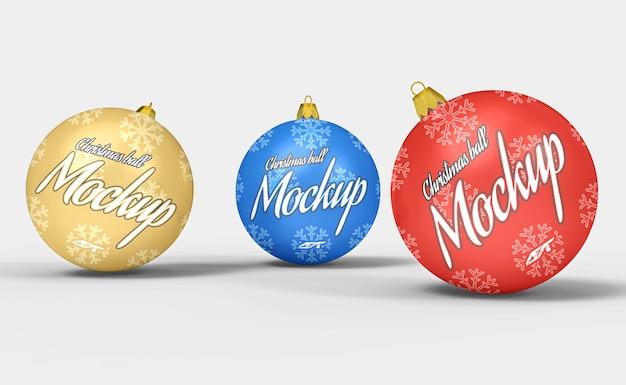 Weihnachtsballmodell isoliert