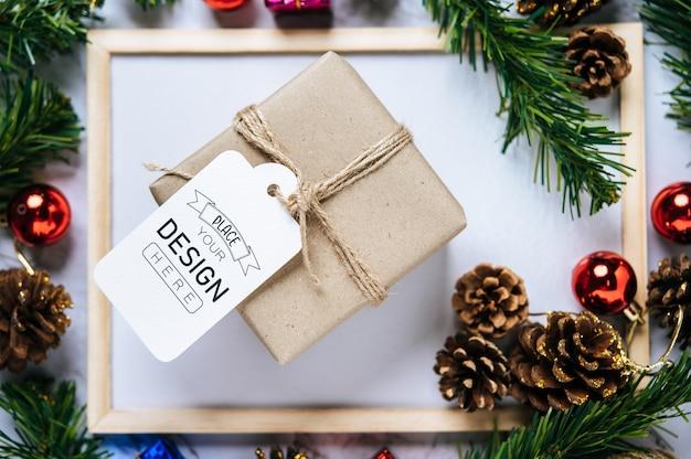 Weihnachtsgeschenk-tag psd