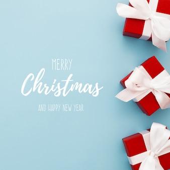 Weihnachtsgeschenkboxen am rand