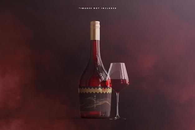 Weinflasche mit glasmodell