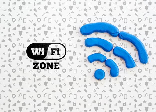 Wi-fi-zone mit blauen signalwellen