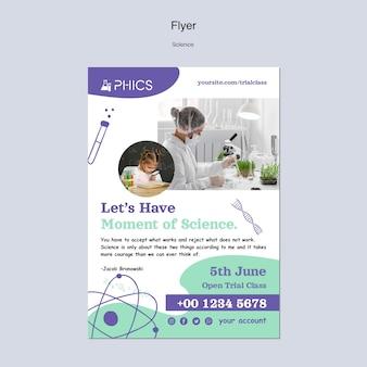 Wissenschafts-flyer-vorlage mit foto