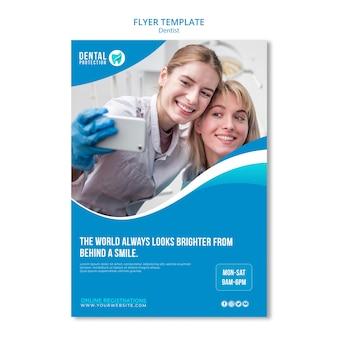 Zahnarzt flyer vorlage konzept