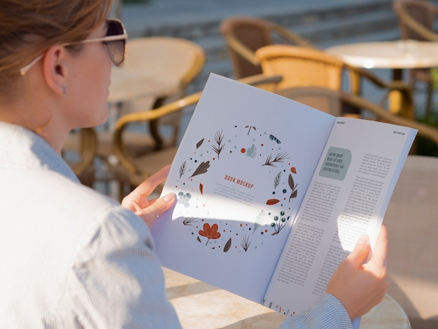 Zeitschriftenseiten-design-modell