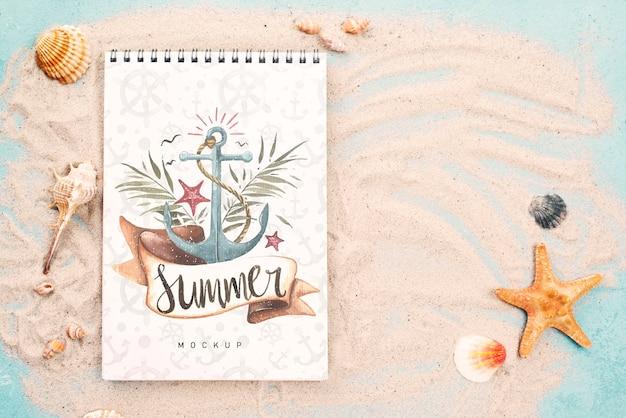 Zitat mit nautischem sommer auf notizbuch