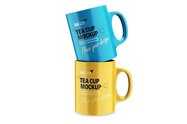 Zwei 3d porzellan kaffee- oder teetassen mit verschiedenen designs mockup