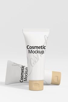 Zwei kosmetische modelle