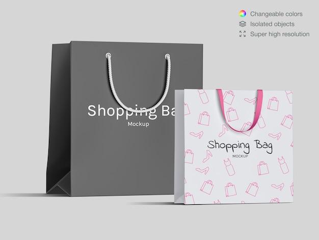 Zwei realistische vorderansicht einkaufen papiertüten modell vorlage