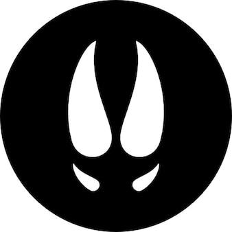 Cinghiale impronta bianco su sfondo nero circolare