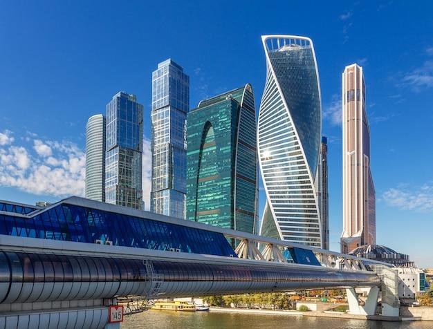 19 septembre 2018. moscou, russie. centre d'affaires international de la ville de moscou au bord de la rivière