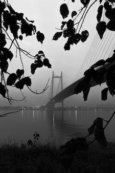 2e pont hoogle (vidyasagar setu) sur le gange