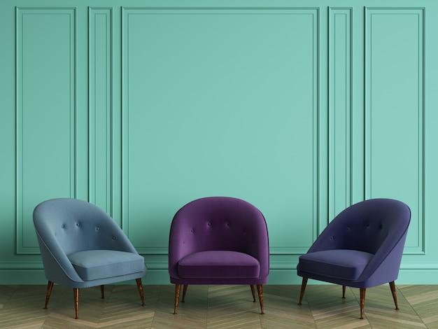 3 chaises de différentes couleurs bleues dans un intérieur classique avec espace copie. murs de couleur turquoise avec moulures. parquet au sol à chevrons. rendu 3d