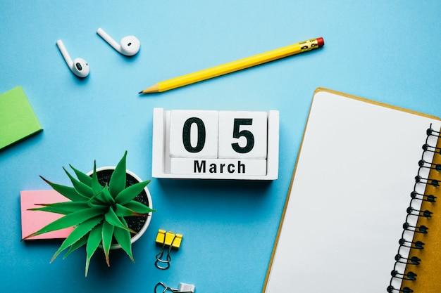5ème jour de mars sur le calendrier